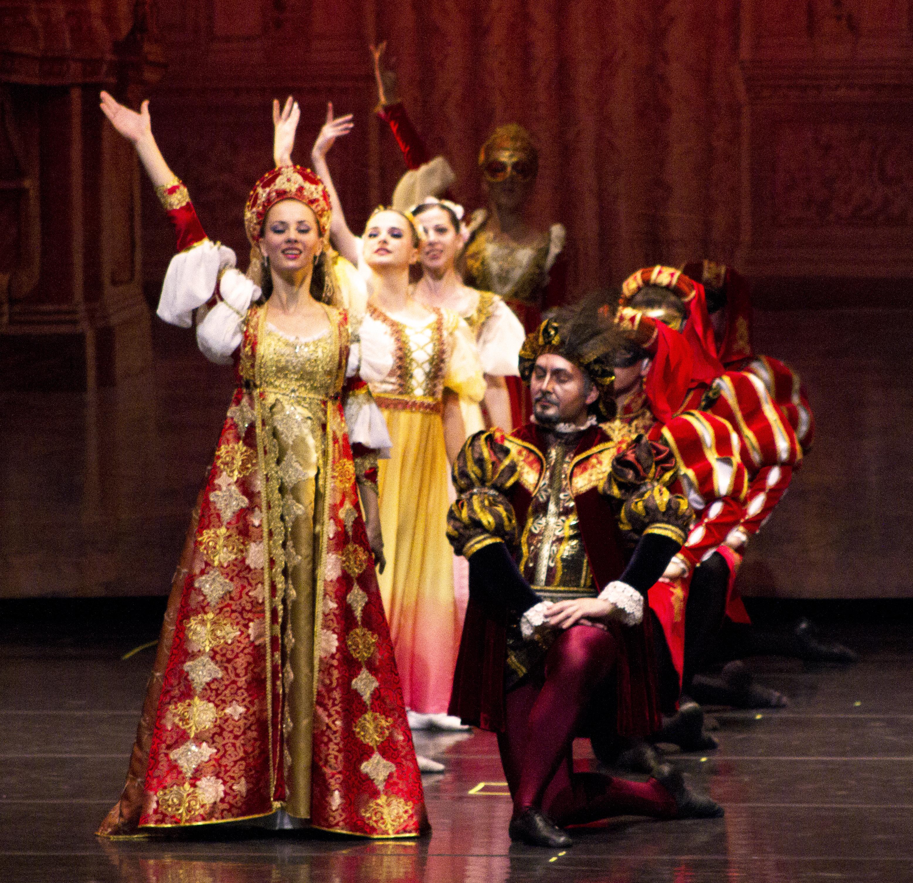 Capulet Dance 3